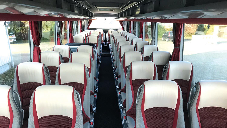 4*-Reisebus, Setra HD 415, Bordküche, WC, 45 Sitzplätze